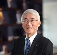 20210501新聞掲載用写真安富祖理事長.jpg